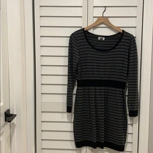 Old Navy black and gray stripped sweater dress LP